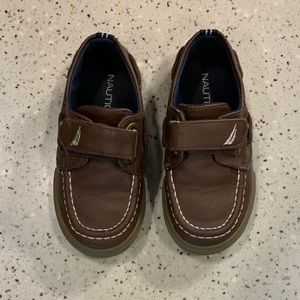 Nautica  Boy Brown dress shoes